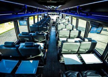 38 PASSENGER MINICOACH interior 16